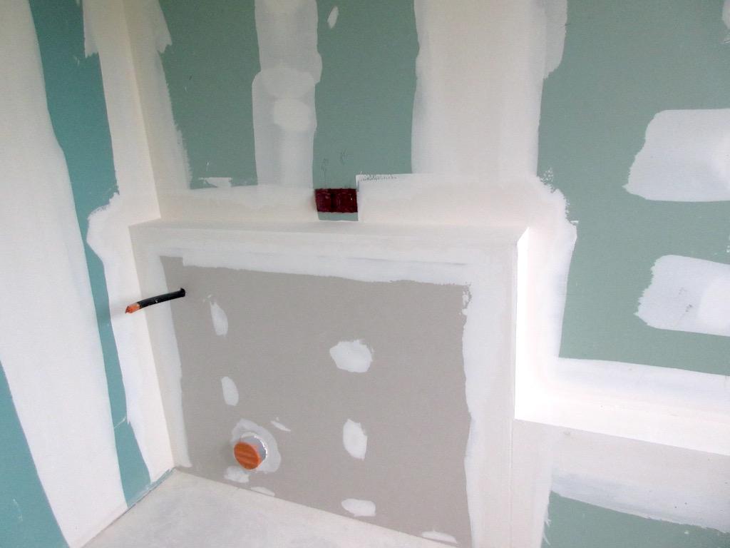 Build week 52: New plasterboard in the bathroom